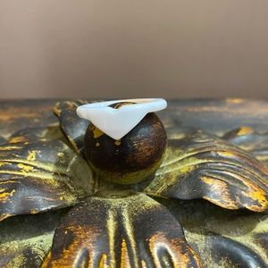 Beautiful Heart Shaped Carved Conch Shell Ring